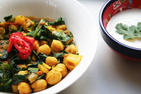 easy chickpea curry with wild garlic